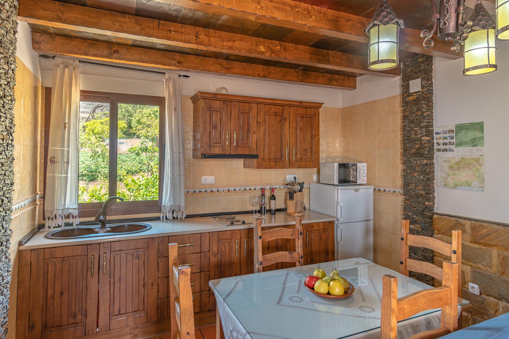 El Roble salon y cocina